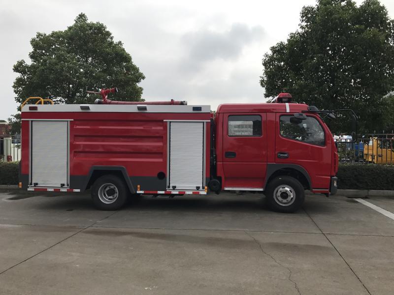 东风多利卡水罐消防车(不上户)