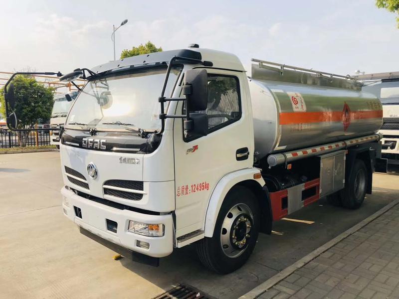 厂家直销东风 8.6方吨玉柴加油车 包上户 送货上门