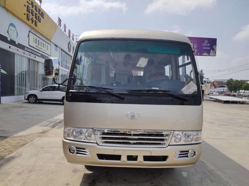 牡丹19座空调通勤客车(罗莎款),现车特价销售